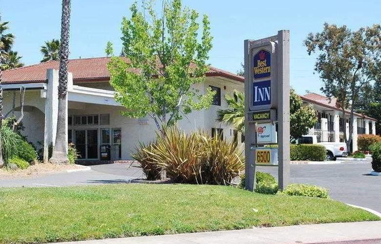 Best Western Inn - Hotel - 0
