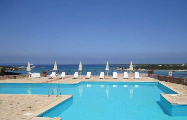 Villaggio Marineledda - Pool - 17