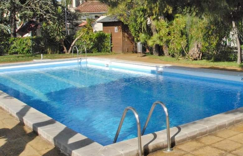 El Castell - Pool - 8