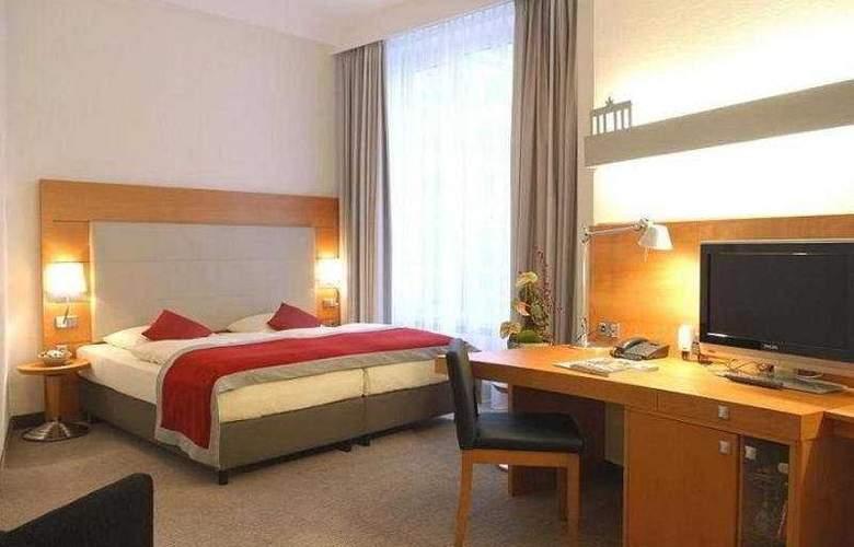 Alexander Plaza - Room - 4