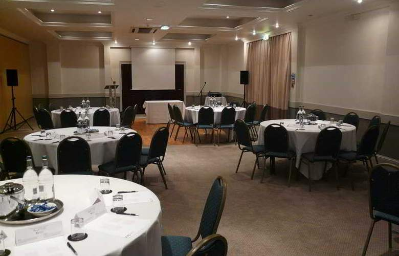 Holiday Inn Cardiff - North M4, Jct.32 - Conference - 1