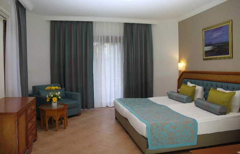 Letoonia Golf Resort - Room - 18