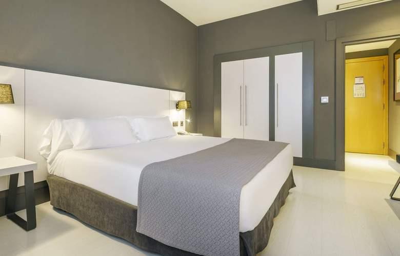 Ilunion Bilbao - Room - 14