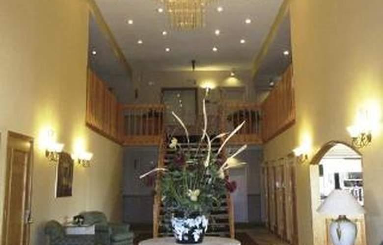 Quality Inn & Suites Indianapolis - General - 3