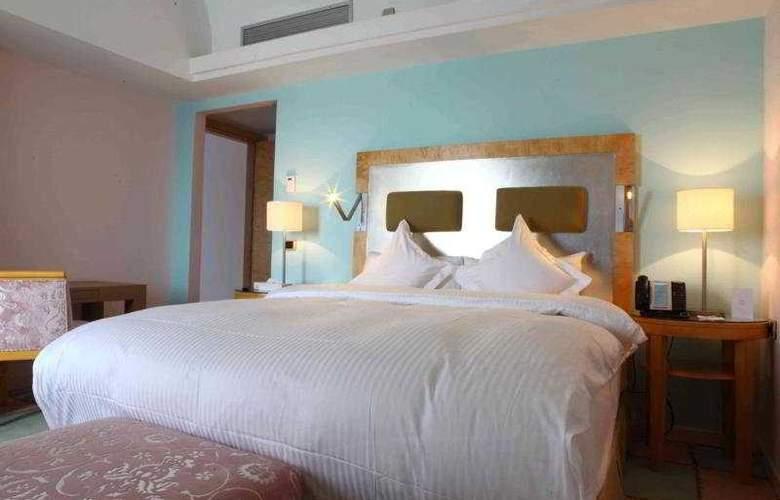 Riviera - Room - 7