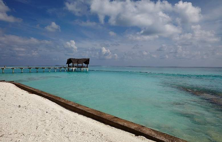 Palm Beach Resort & Spa Maldives - Beach - 41