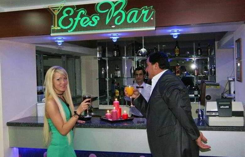 Dabaklar Hotel - Bar - 8