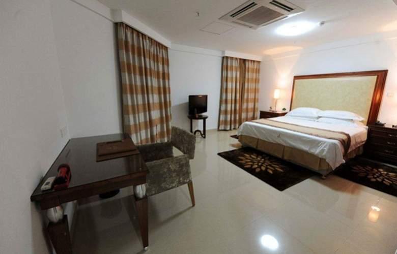 Ritz Victoria Garden - Room - 13