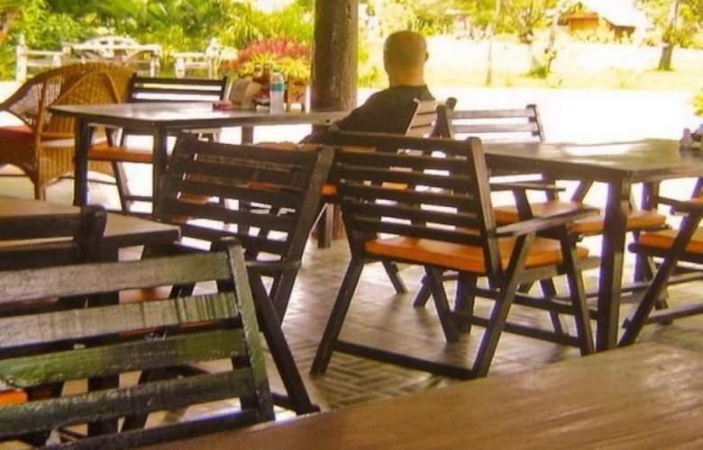 Tip Anda Resort - Terrace - 1