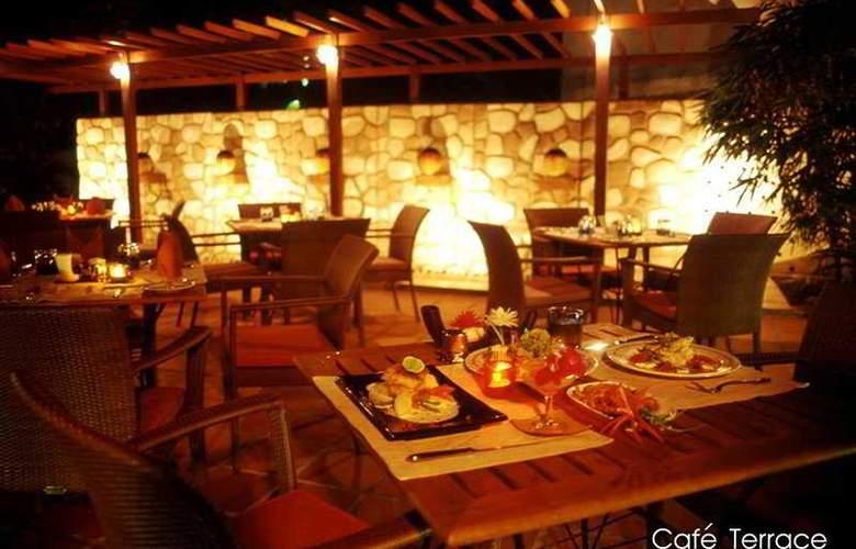 Royal Orchid Resort Pattaya - Bar - 4
