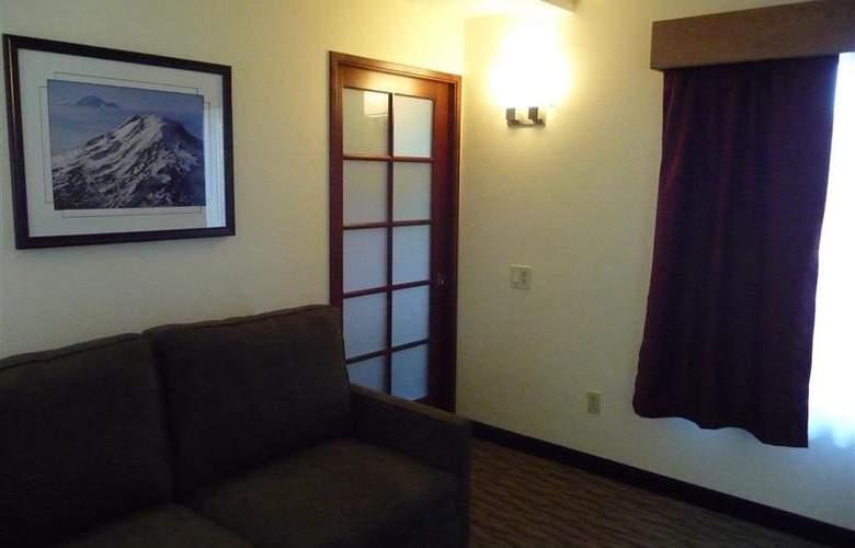 Best Western Plus Park Place Inn - Room - 107