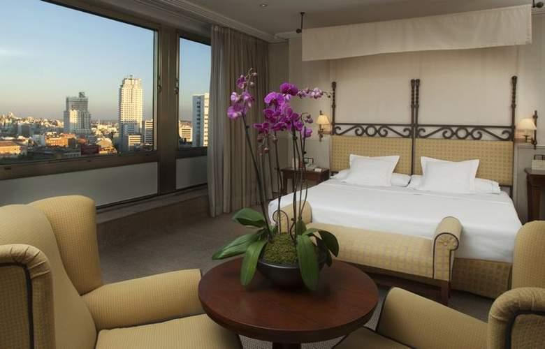 Courtyard Madrid Princesa - Room - 15