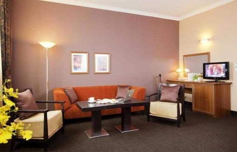 Best Western Hotel Expo - Hotel - 12