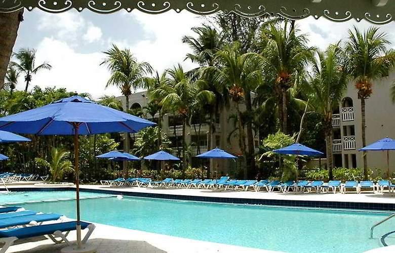 Almond Casuarina Beach Resort All Inclusive - Pool - 6