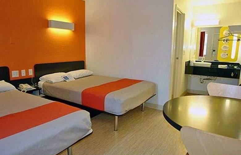 Motel 6-San Marcos - Room - 4