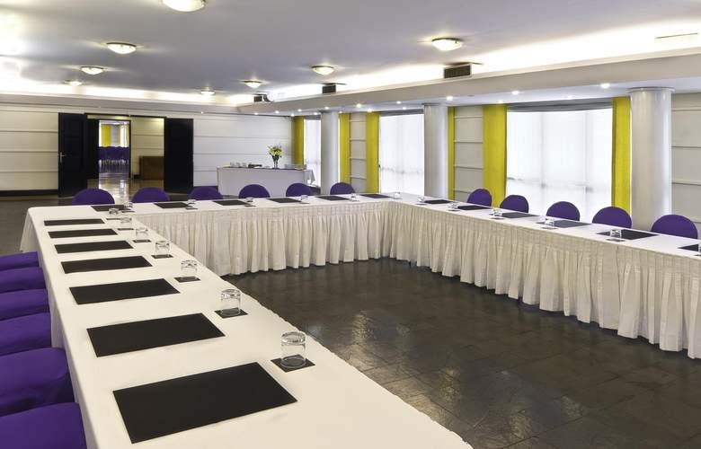 Fundador - Conference - 2