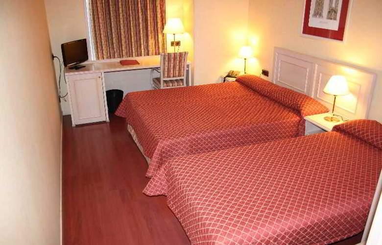 Sunotel Aston - Room - 3
