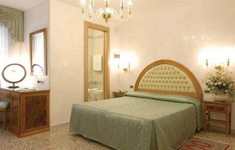 Antica Casa Carettoni - Room - 2