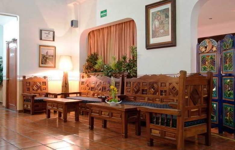 Vista Express Morelia - Hotel - 5