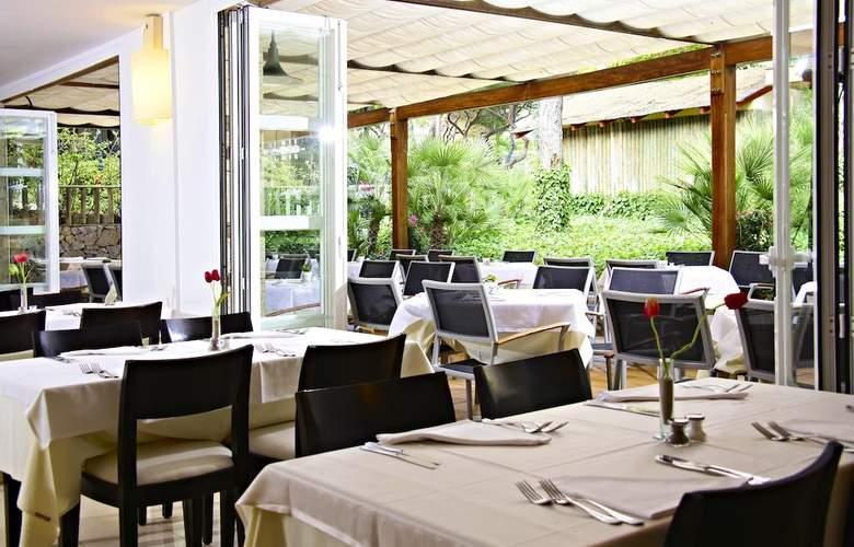Zafiro Cala Mesquida - Restaurant - 4