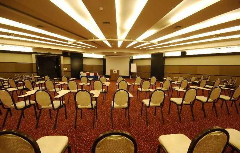 Aska Washington Resort & Spa Hotel - Conference - 6