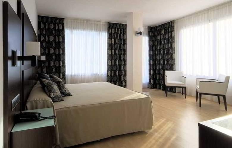 GIT Conquista de Granada - Room - 10
