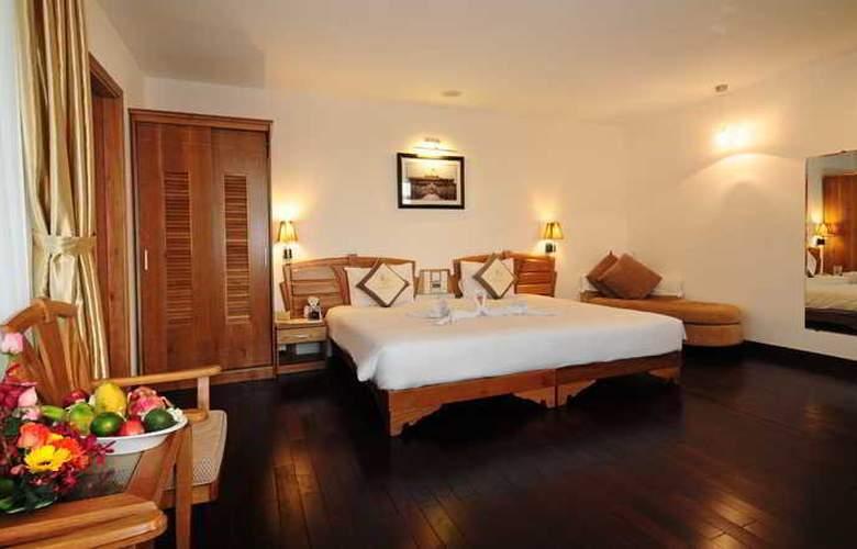 Romance Hotel Hue - Room - 7