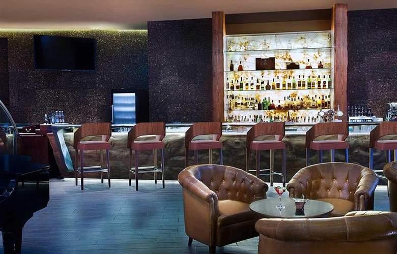 Sofitel Dubai The Palm Resort & Spa - Bar - 14