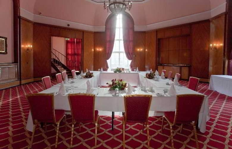 Britannia Adelphi - Conference - 7