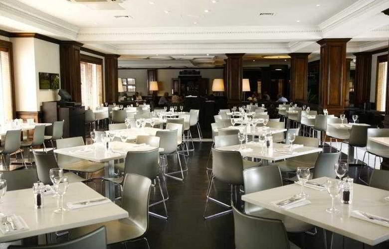 Holiday Inn Guildford - Restaurant - 5