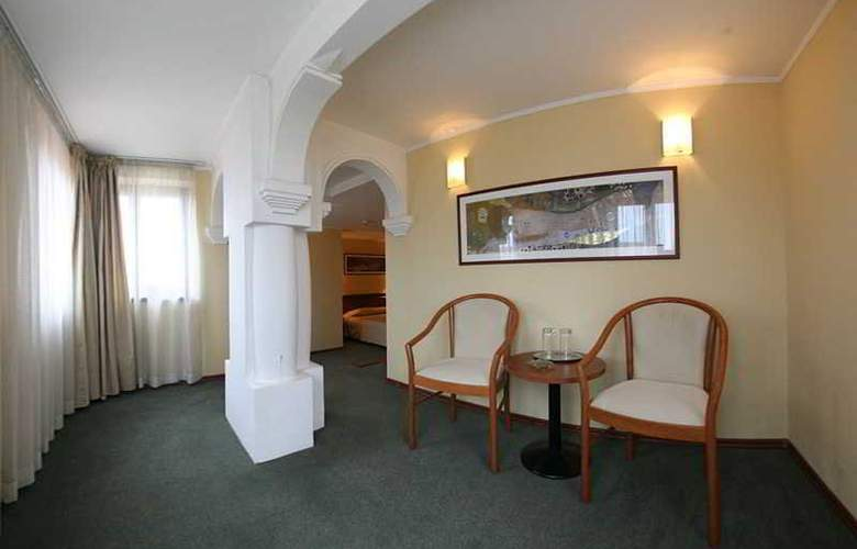 Savoy - Room - 18