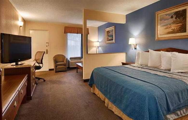 Best Western Pride Inn & Suites - Hotel - 32