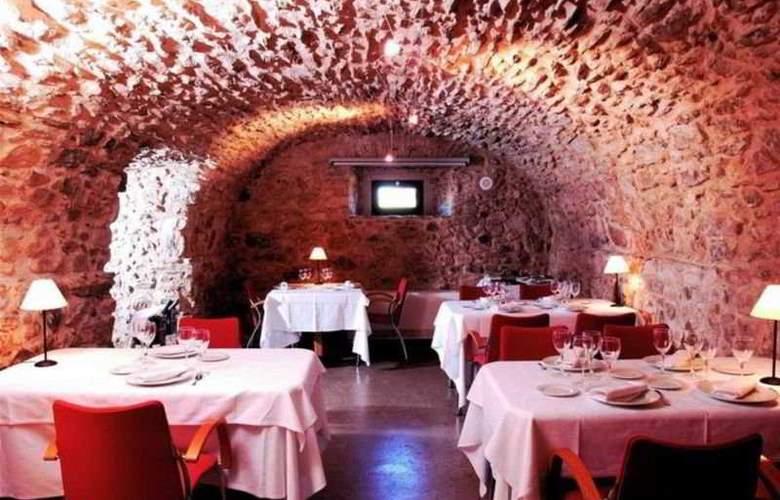 Arcs de Monells - Restaurant - 11