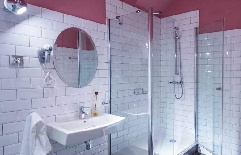 Barcelona Suites - Room - 20
