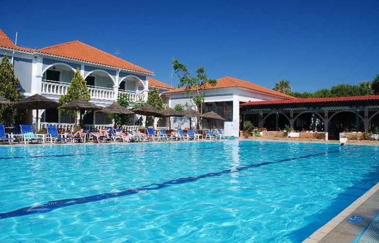 Zante Royal Resort - Pool - 3