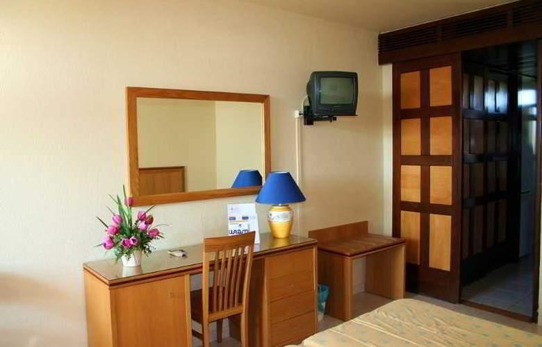 Auramar Beach Resort - Room - 16