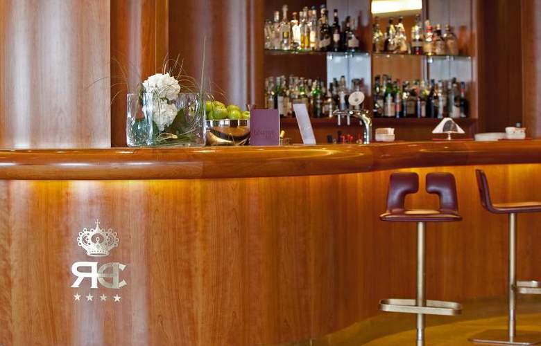Royal Continental - Bar - 5