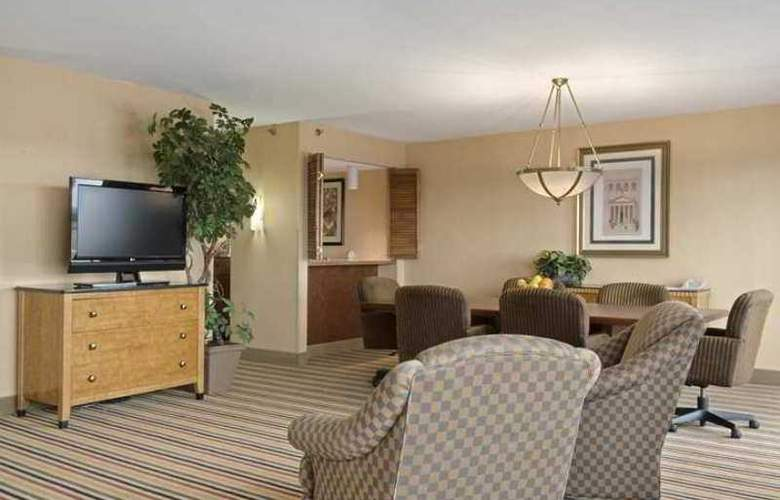 Hilton Knoxville Airport - Hotel - 9