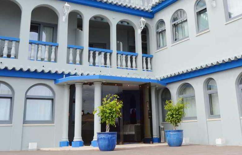 Santa Eulalia - Hotel - 8