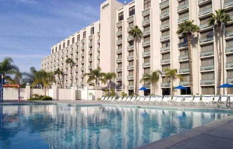 Knotts Berry Farm Resort Hotel - Pool - 4