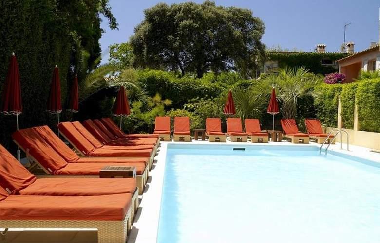 Best Western Hotel Montfleuri - Pool - 98