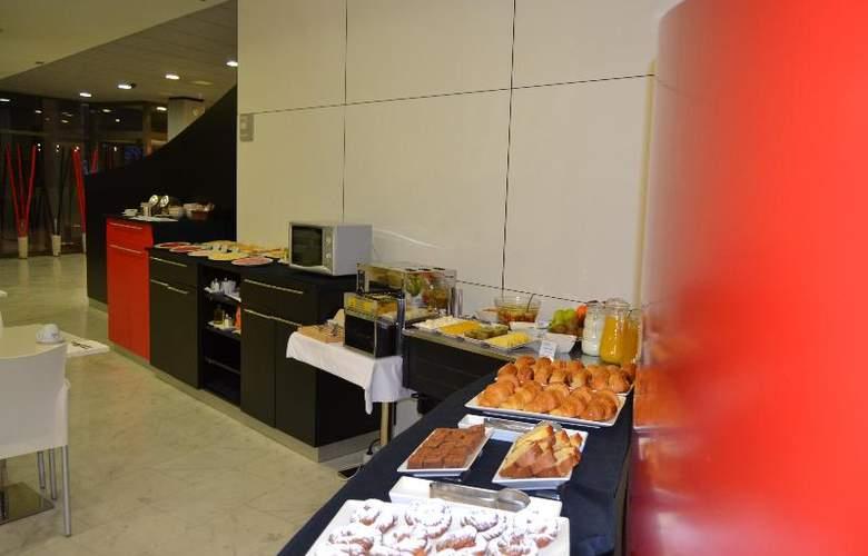 Sercotel Odeon - Restaurant - 50