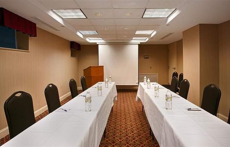 Best Western Georgetown Hotel & Suites - Sport - 81