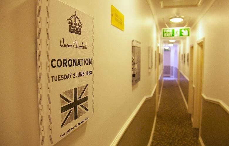 Comfort Inn Victoria - Hotel - 1