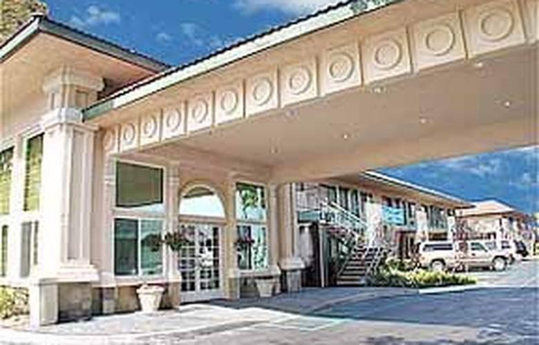 Quality Inn Maingate - Hotel - 0