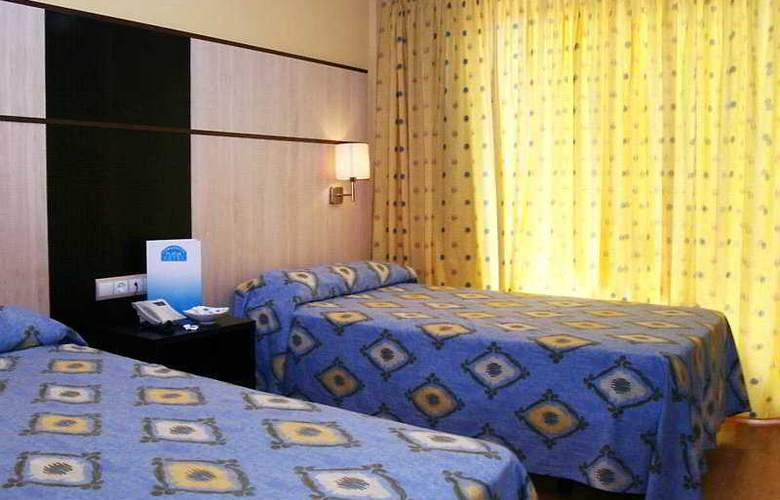 Coma-Ruga Platja - Room - 2