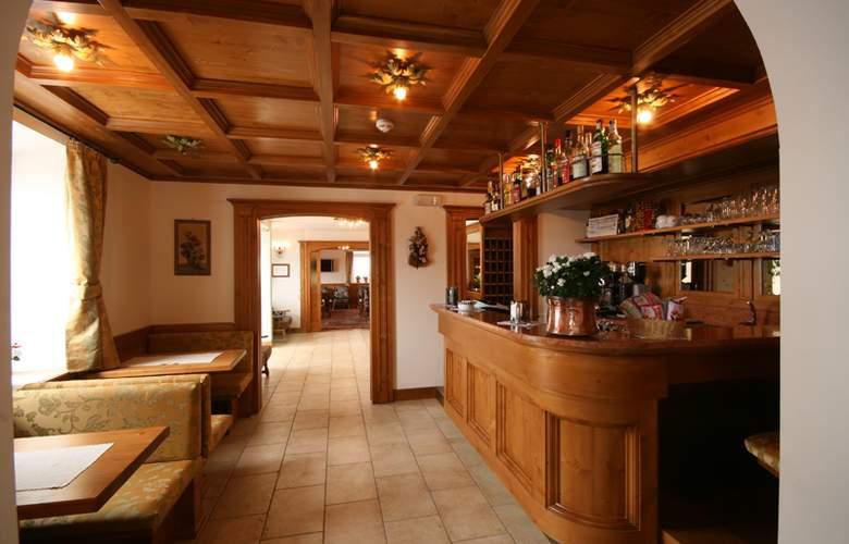 Des Alpes - Restaurant - 7
