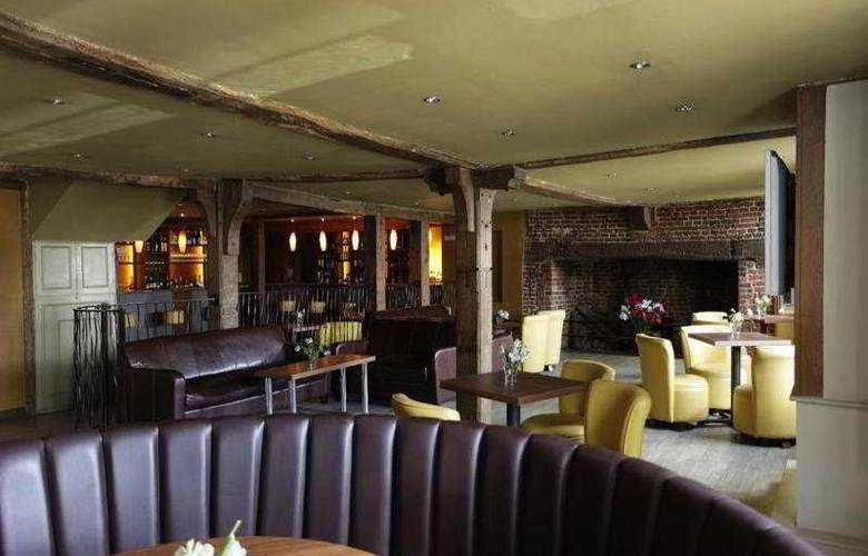 Cobham Lodge - Bar - 6