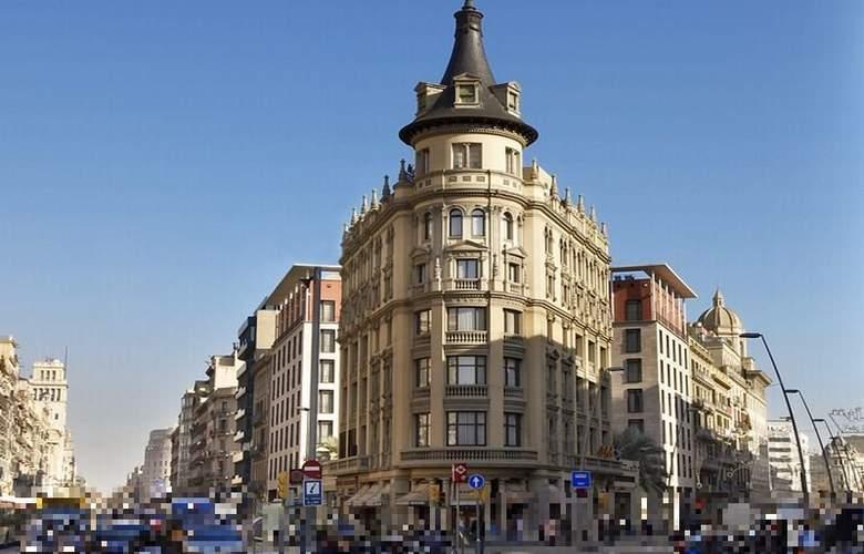 HLG City Park Pelayo - Hotel - 2