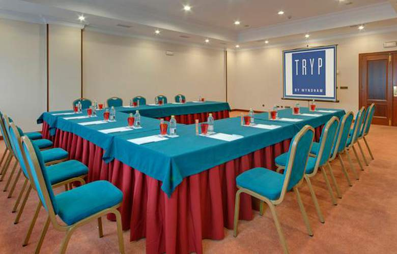 Tryp Santiago - Conference - 25
